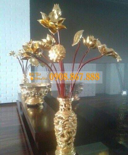 Hoa Sen Gỗ Mít Sơn Son Thếp Vàng