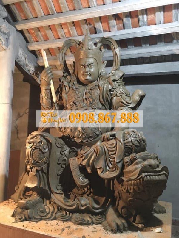 mẫu tượng hộ pháp ngồi